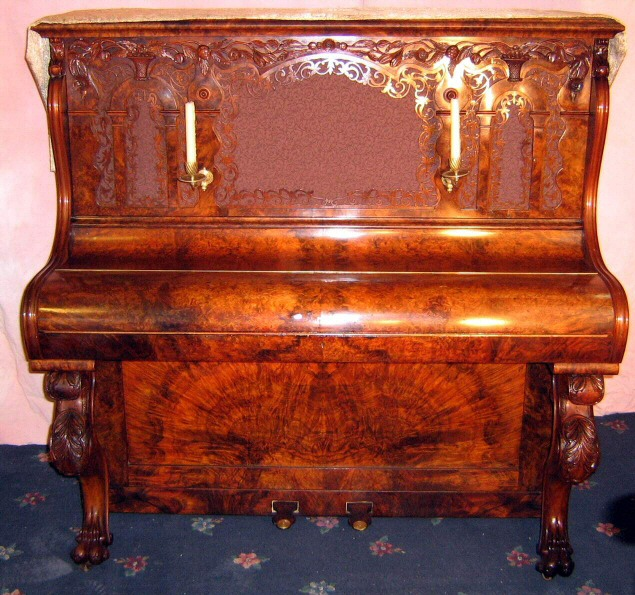 Piano picture of the day topic for 2 piani cottage storia